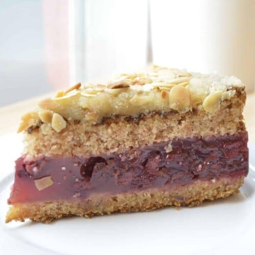 fitlife cukormentes cukrászda paleo meggyes marcipános torta